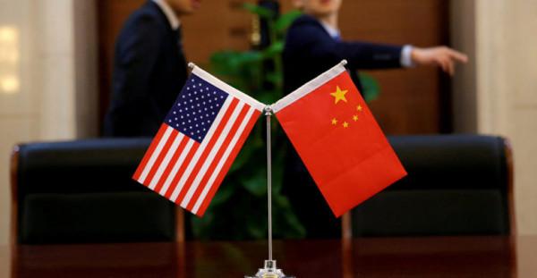 ترامب يطالب الصين بإلغاء الرسوم الزراعية فوراً