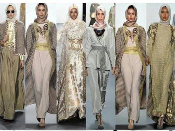 dc5411ec79626 الحجاب على منصات عروض أسابيع الموضة.. هكذا تطور مؤخرا