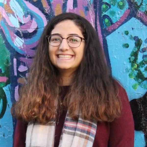 خريجة من جامعة بيت لحم تمثل فلسطين بقمة العشرين للفتيات
