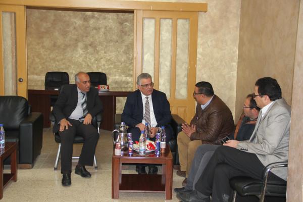 الوزير غنيم يبحث احتياجات عدة بلدات بمحافظة قلقيلية
