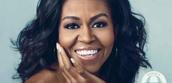 ميشال أوباما تخطف الأنظار بتصميم إيلي صعب.. شاهدوا ماذا اختارت