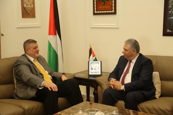 دبور يستقبل المنسق الخاص للأمم المتحدة في لبنان