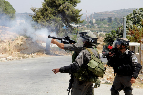 الاحتلال يواصل انتهاكاته بحق الفلسطينيين في الضفة والقدس