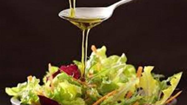ماذا يحدث إذا وضعت زيت الزيتون في الطعام مرة واحدة في الأسبوع؟ 9998951007