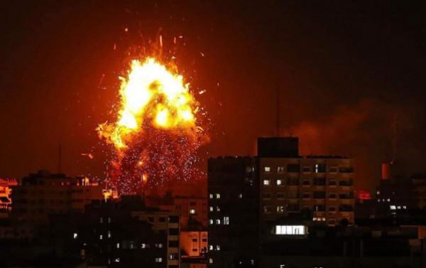 غزة: أربع إصابات بقصف إسرائيلي استهدف مئة موقع بالقطاع