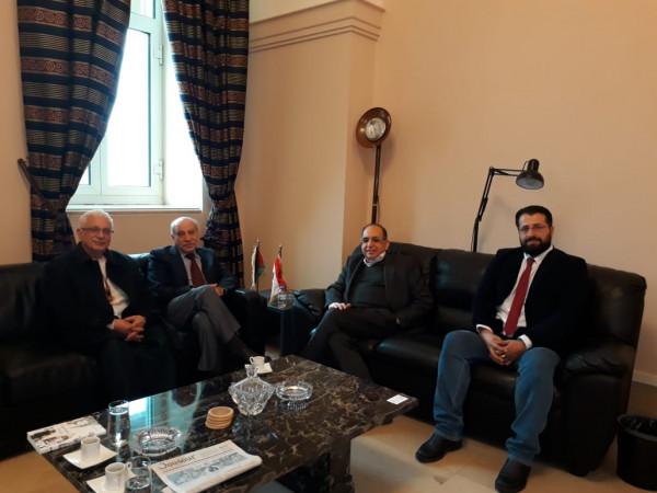 الديمقراطية تلتقي رئيس لجنة الحوار اللبناني الفلسطيني