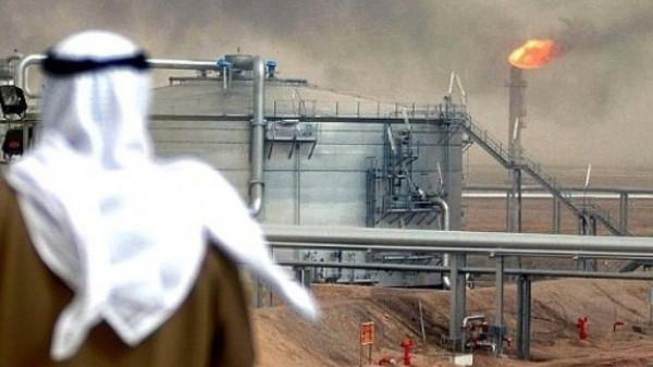 السعودية ستُقلل من صادرات نفطها لسبعة مليون برميل