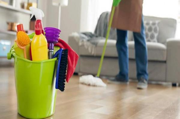 بعض أخطاء التنظيف الخطيرة التي ترتكبها كل سيدة