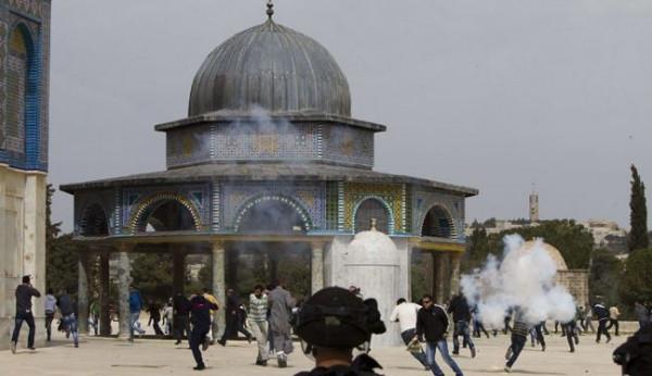 بسبب الاعتداءات على المقدسات بمدينة القدس.. النواب الأردني: يجب سحب سفيرنا من إسرائيل