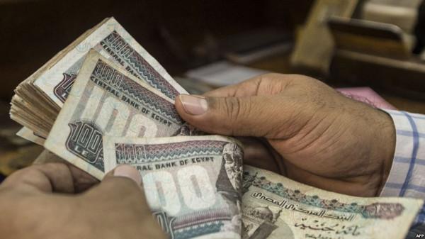 الجنيه المصري يُحقق انتصاراً جديداً أمام الدولار