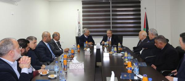 رئيس المحكمة الدستورية يبحث سبل التعاون مع رئيس جامعة القدس المفتوحة