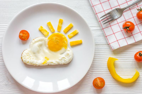 خبيرة تكشف كمية البيض الصحية التي يمكن تناولها