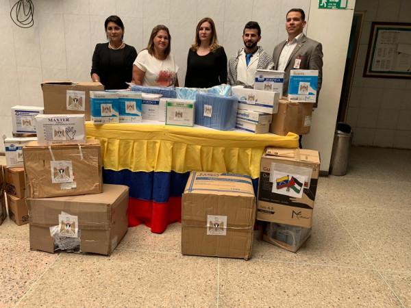 سفارة فلسطين لدى فنزويلا البوليفارية توزع مساعدات طبية على المستشفيات