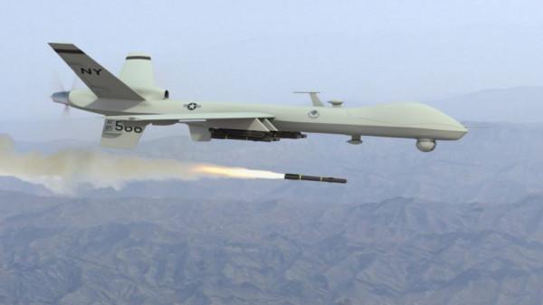 طائرة استطلاع تستهدف مجموعة من مطلقي البالونات الحارقة شرقي القطاع