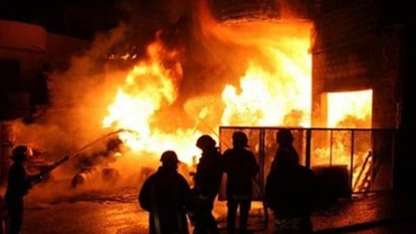 مصر: مصرع ثمانية وإصابة سبعة عمال في حريق هائل بمصنع في السويس