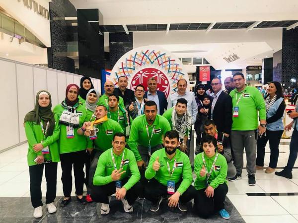 بعثة فلسطين تحصد 30 ميدالية ملونة في بطولة العالم للاولبمياد الخاص بالامارات