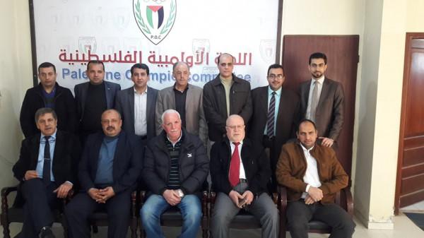 اتحاد الإعلام الرياضي يدعو منتسبيه بغزة إلى استكمال ملفاتهم