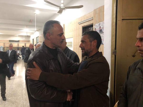 وزير العدل يقدم التعازي بالشهيد عمر أبو ليلى