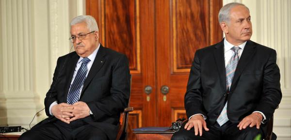 حماس تُعلّق على تصريحات الرئيس عباس حول المفاوضات المُستقبلية مع إسرائيل