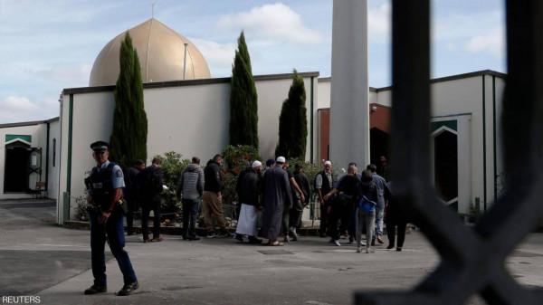 """عودة المصلين لـ """"مسجد النور"""" في نيوزيلندا برفقة أمير أردني"""
