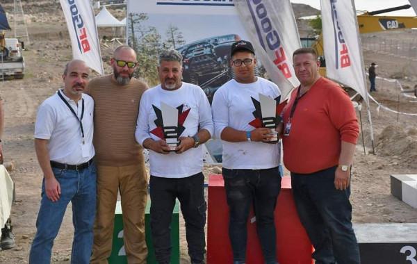 خمسة كؤوس حصيلة الفريق الفلسطيني المشارك في سباق الدفع الرباعي الأول بالأردن