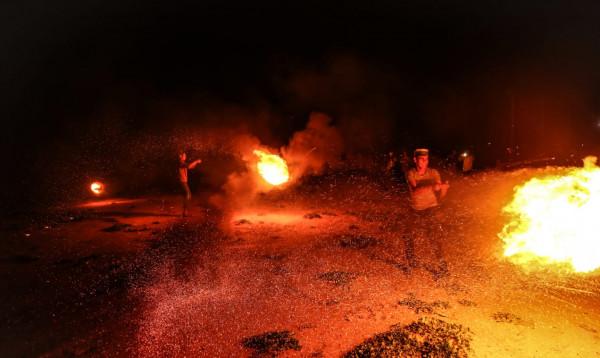 قصف مدفعي وجوي يستهدف عدة نقاط رصد ميداني شمال ووسط القطاع