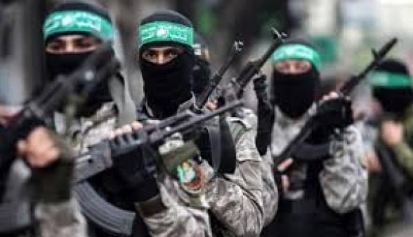 حماس تُحذر من استمرار قمع الأسرى في (سجن النقب)