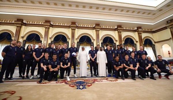 شاهد: فريق آرسنال الإنجليزي في دبي