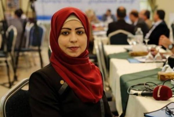 """الهيئة المستقلة: ننظر بإيجابية إلى الحكم ببراءة الصحفية """"هاجر حرب"""""""