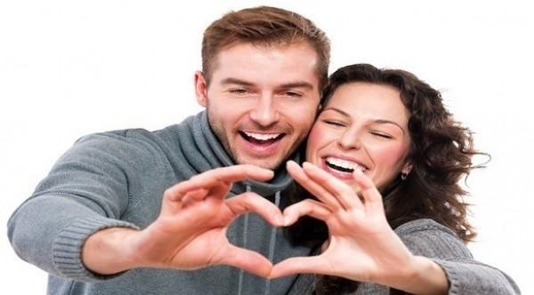 5 وصفات مثبتة علمياً للسعادة الزوجية