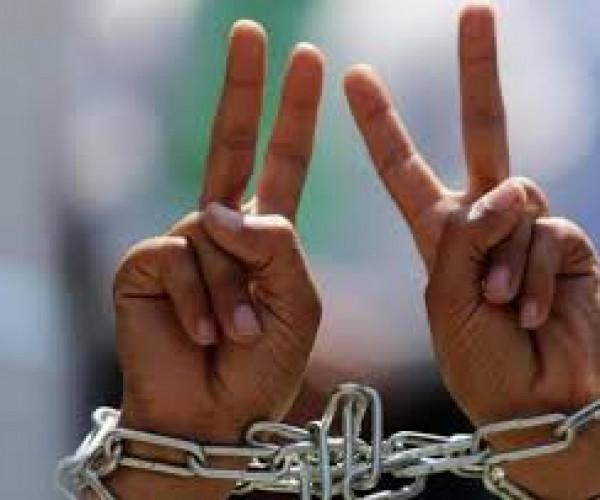 حريات: الحركة الأسيرة على أبواب الإضراب المفتوح عن الطعام