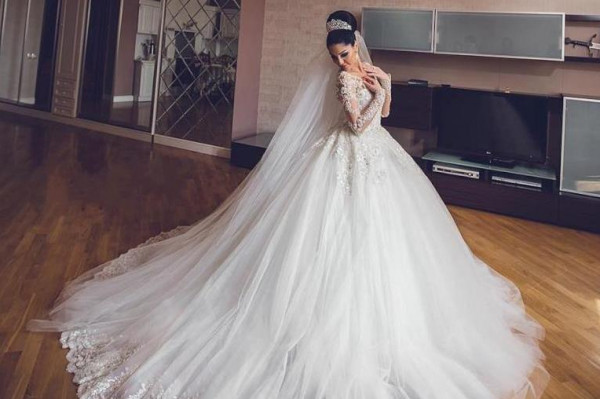 a39280f20 فساتين زفاف ملكية للعروس الجريئة | دنيا الوطن