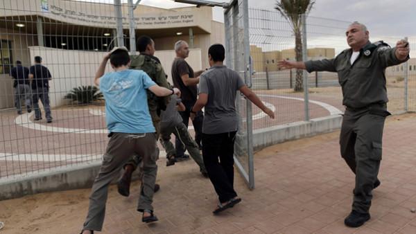 هل ستعود الدراسة في مستوطنات غلاف غزة غدا الاربعاء؟