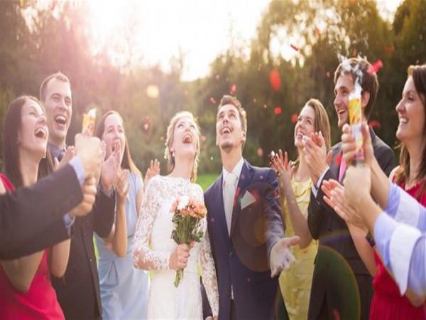 إتيكيت حفلات الزفاف: هذه القواعد يجب اتباعها