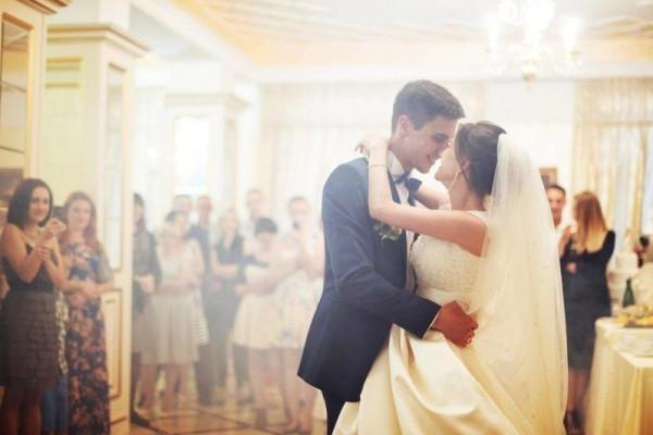لأغاني زفاف موفقة.. إليك هذه النصائح