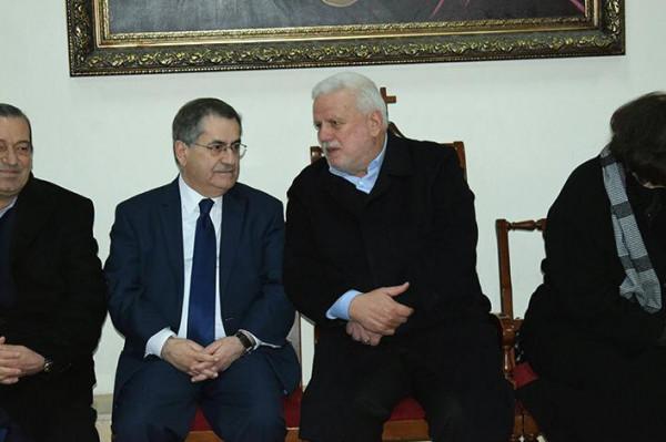 """أبو العردات على رأس وفد من حركة """"فتح"""" معزيا النائب ميشال موسى"""