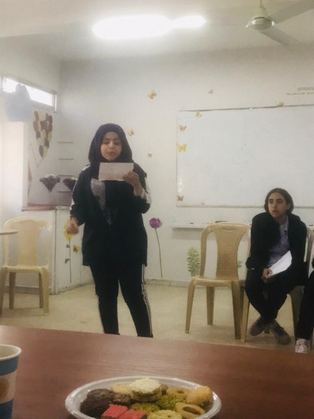 ناشط تنهي المرحلة الأولى لمسابقة محمود درويش في الأداء الشعري