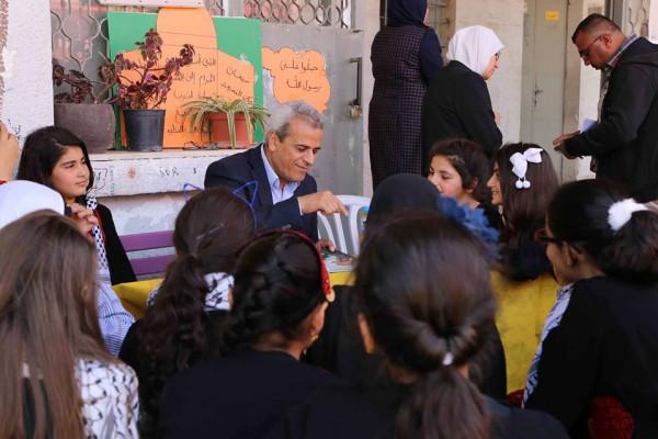 تربية قلقيلية تطلق حملة تشجيع القراءة في المجتمع الفلسطيني