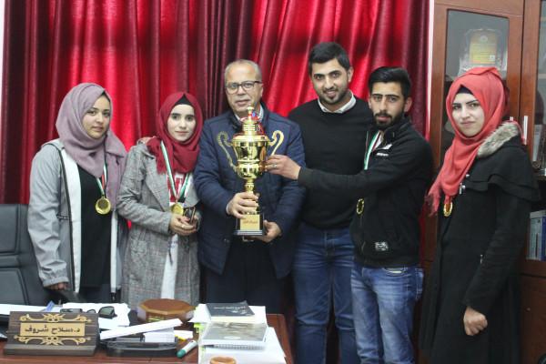 عمادة شؤون الطلبة بالخليل تستضيف مسابقة القدس الثقافية الثانية