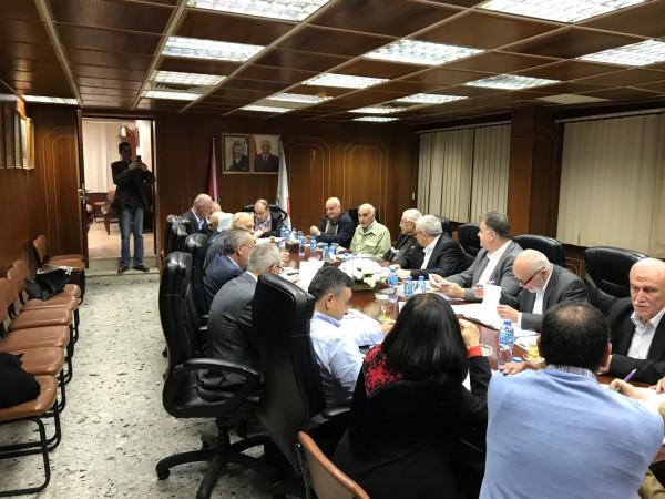 غرفة وتجارة نابلس تعقد اجتماعاً لبحث كافة القضايا