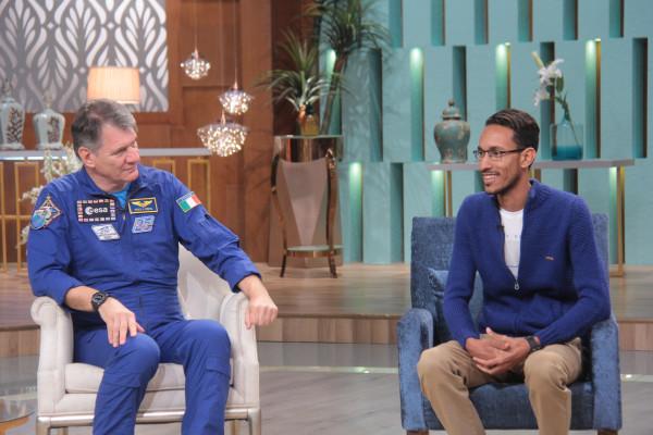 """رائد الفضاء الإيطالي نيسبولي يكشف لـ""""مني الشاذلي"""" أسرار المحطة الفضائية الدولية الليلة"""