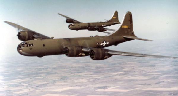 """عام 1951.. إسقاط 14 طائرة أمريكية في 10 دقائق بـ """"الخميس الأسود"""""""