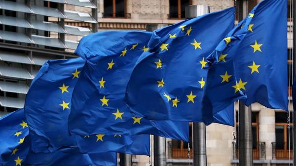 مسؤولون أوروبيون سابقون يدعون لرفض (صفقة القرن) الأمريكية