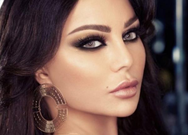 """هيفاء وهبي تثير الجدل في إطلالتها الجديدة.. والجهور: """"أحلام فرع لبنان"""""""