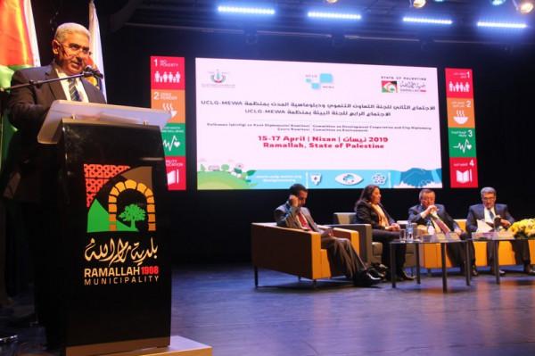 جبارين يشارك في اجتماع منظمة المدن المتحدة والإدارت المحلية في رام الله