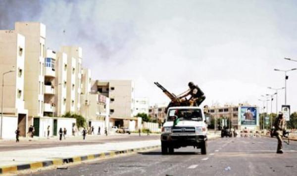 السراج: الحرب في ليبيا قد تدفع اكثر من 800 الف مهاجر نحو سواحل اوروبا