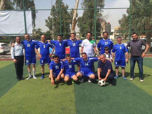 منتخب أساتذة كلية طب المستنصرية يستعد لبطولة الجامعة بخماسي كرة القدم