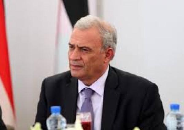 أبو عمرو يطلع السفير الصيني والقنصل البريطاني على آخر التطورات السياسية