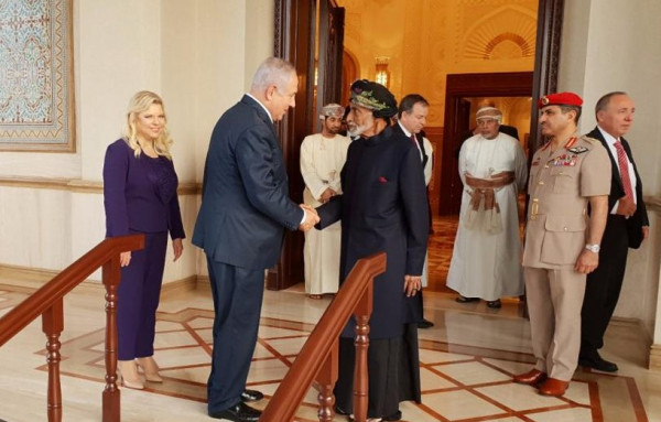 رجل أعمال إماراتي يدعو دول الخليج للتعاون مع إسرائيل سريعًا