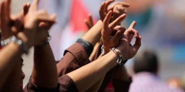 القناة 13: اتفاق الأسرى سيُمهد الطريق لترتيب أوسع مع غزة